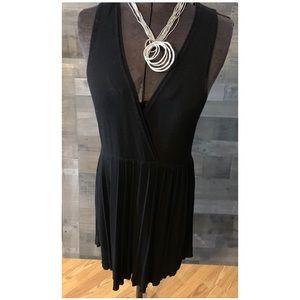 VERTIGO PARIS Sleeveless Wrap Dress black knit L